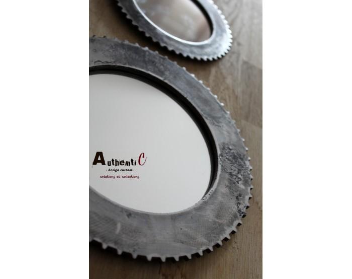 Miroir brossé disque de frein avec système d'accrochage